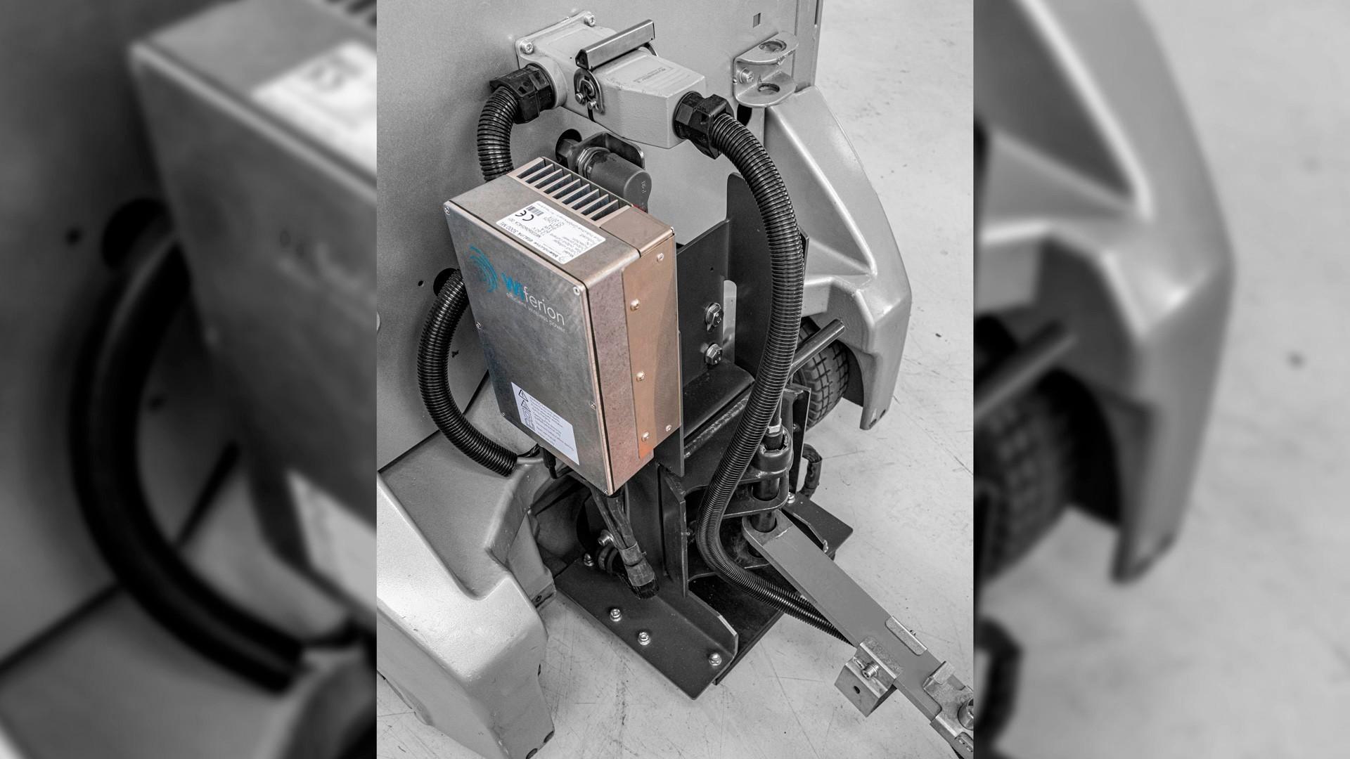 induktives laden nachruesten - retrofit wireless charging tugger train still