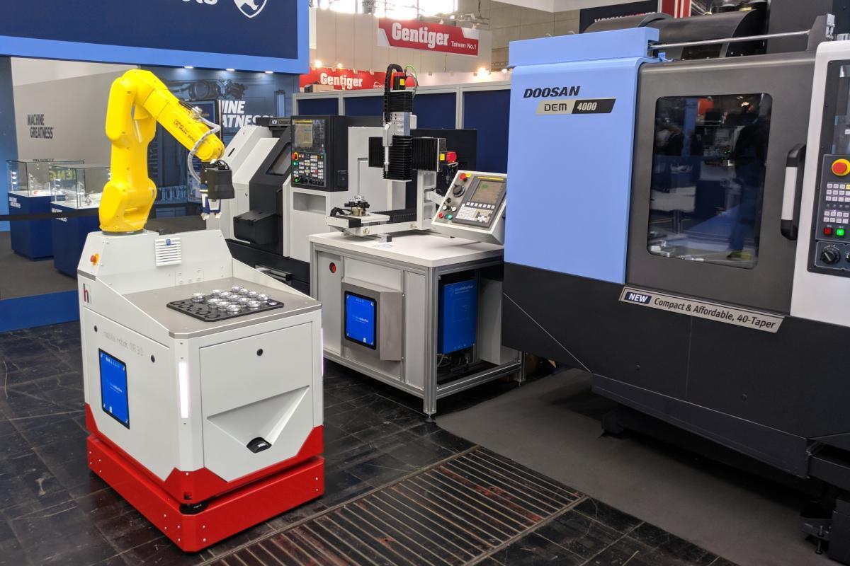 wireless charging of autonomous mobile robots - induktives laden von autonomen mobilen robotern